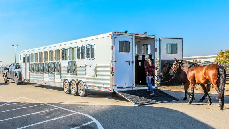 Mustang Maddy - Transwest Truck Trailer RV